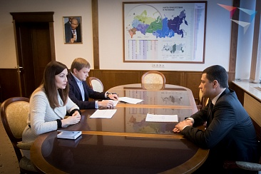 Working meeting of the General Director of ASI Svetlana Chupsheva with acting Governor of Pskov region Mikhail Vedernikov